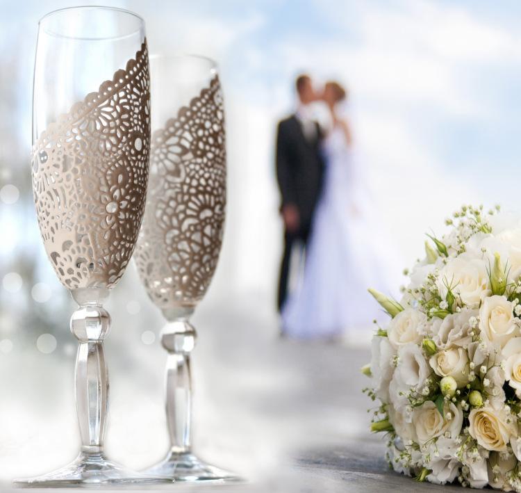 Свадебные хрустальные бокалы: широкий ассортимент в интернет магазине Hrustal-mag.ru.