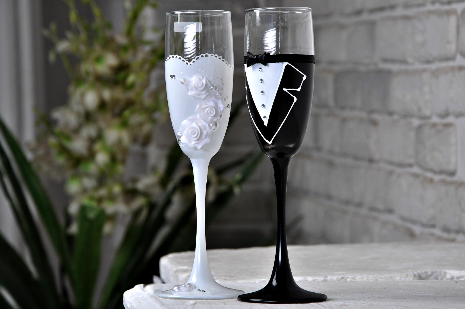 Свадебные бокалы: качественные изделия из хрусталя в интернет магазине Hrustal-mag.ru.