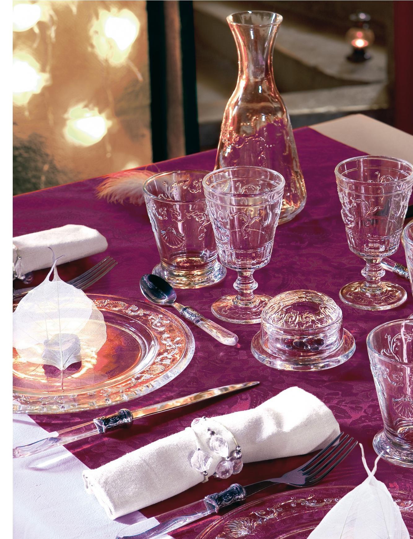 Сервировка стола: качественные изделия из хрусталя в интернет магазине Hrustal-mag.ru.