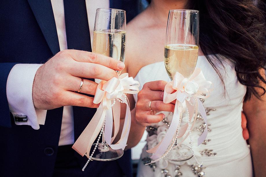 свадьба фото с бокалами делает этот